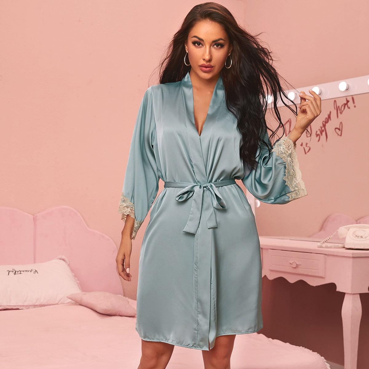 Атласный пижамный халат с поясом