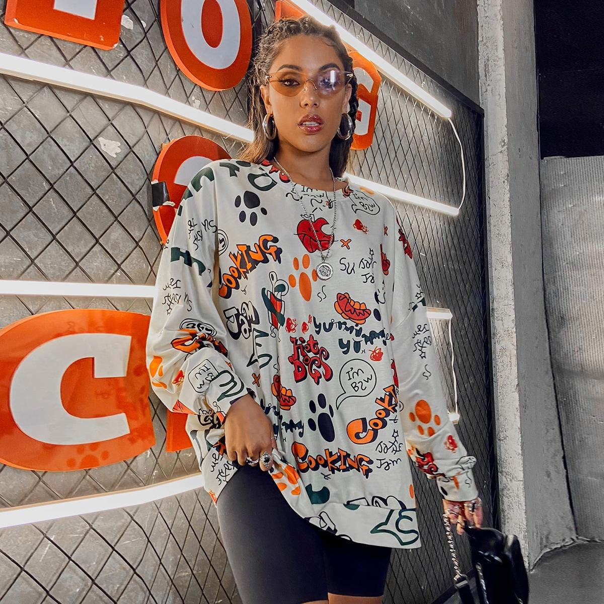 Пуловер оверсайз с текстовым и мультипликационным принтом