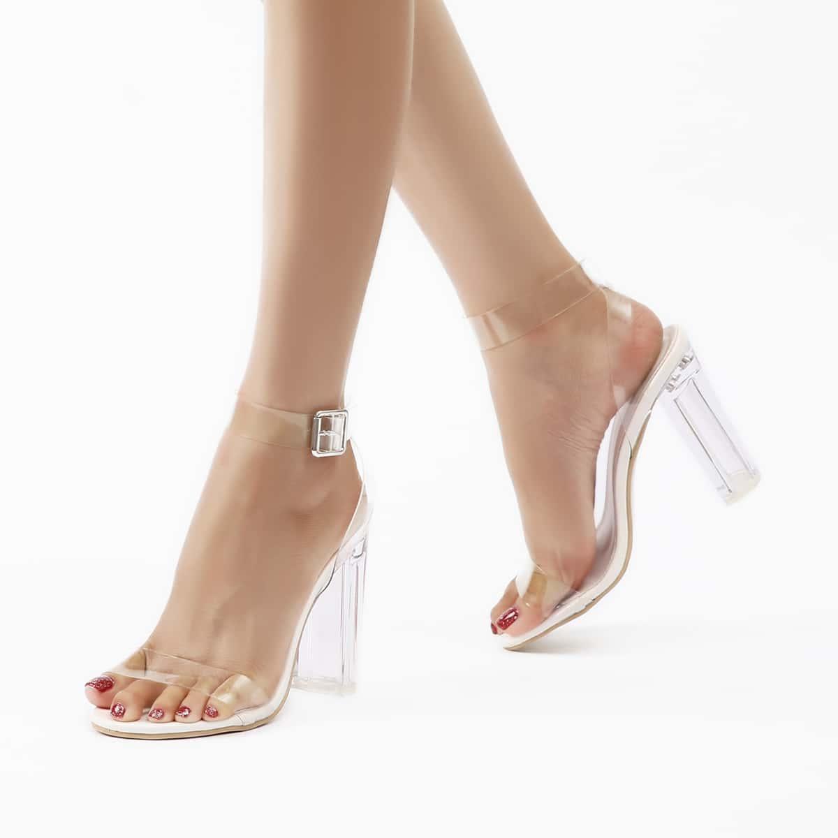 Прозрачные сандалии с массивным каблуком и ремешком