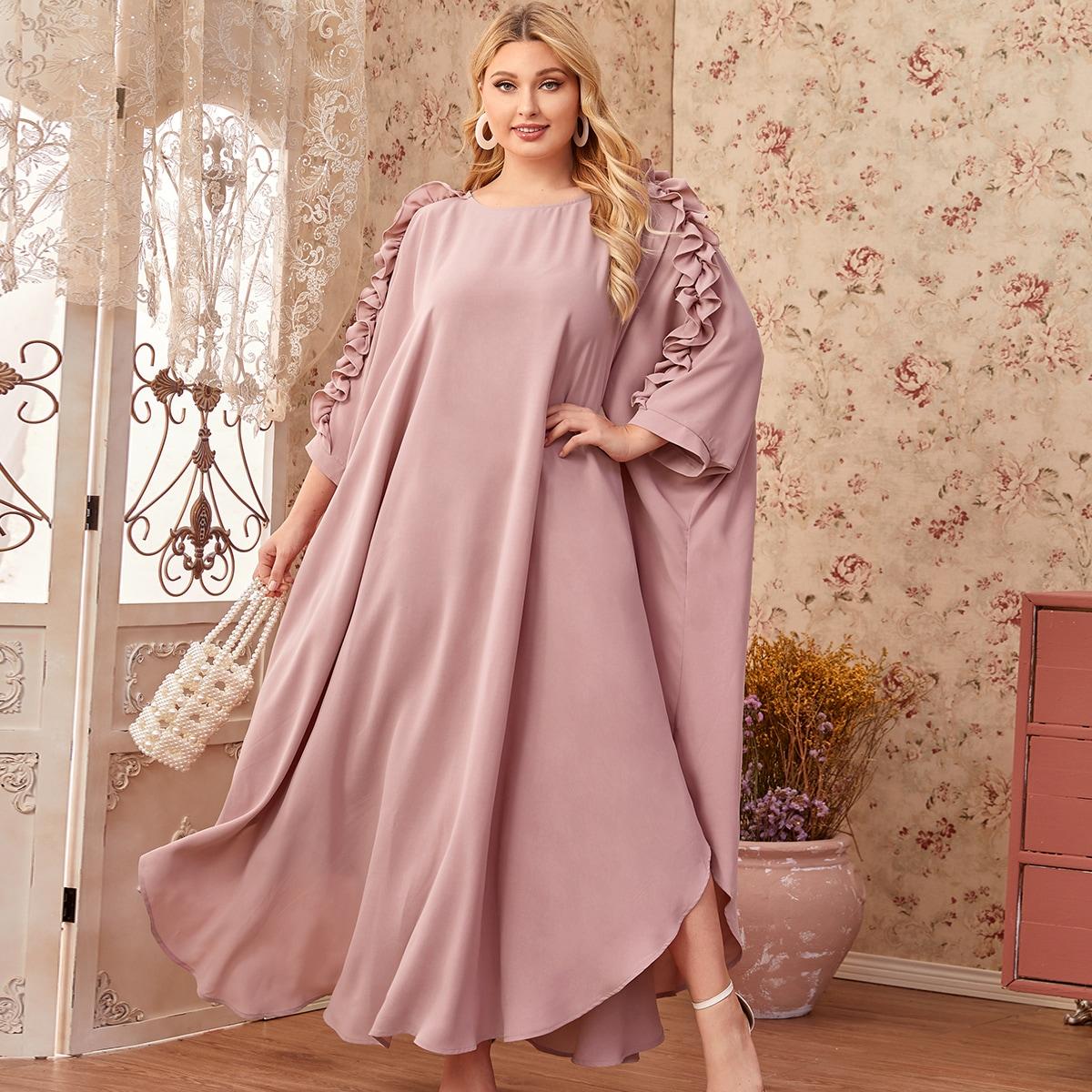 Платье макси размера плюс с оригинальным рукавом