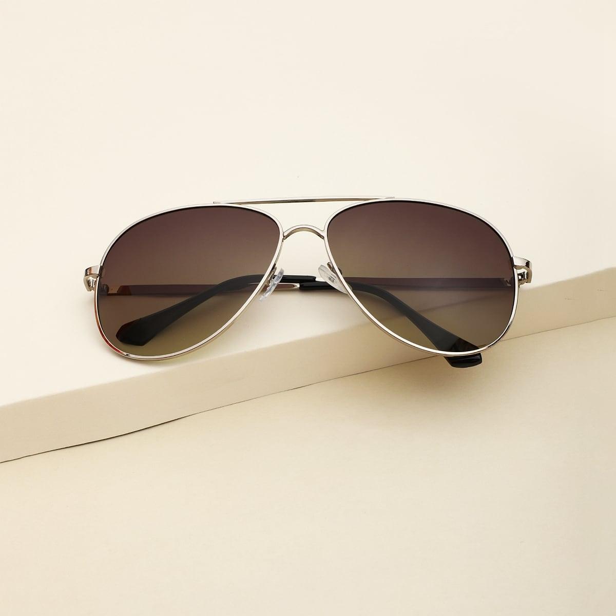 Солнцезащитные очки-авиаторы с плоским верхом