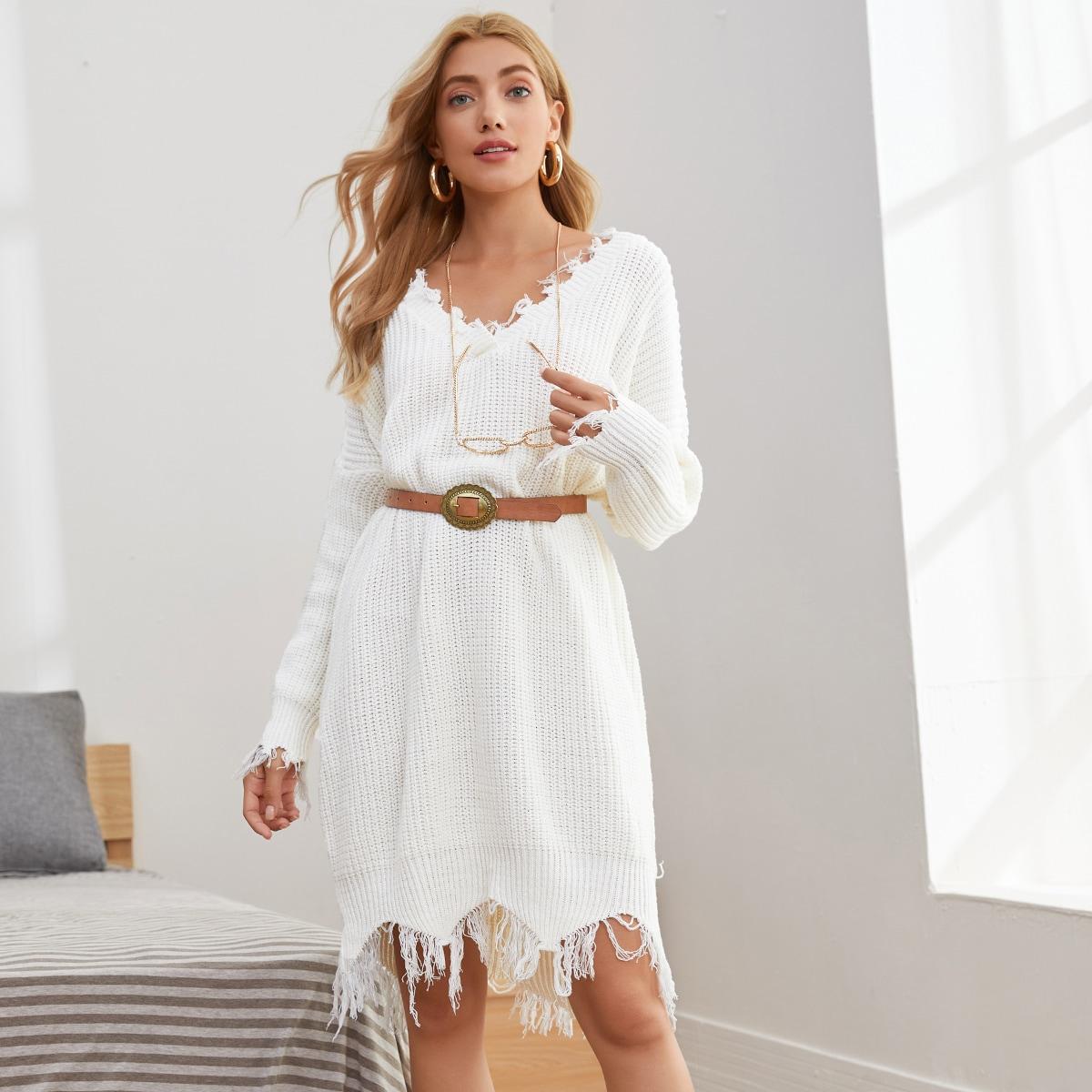 Однотонное платье-свитер без пояса