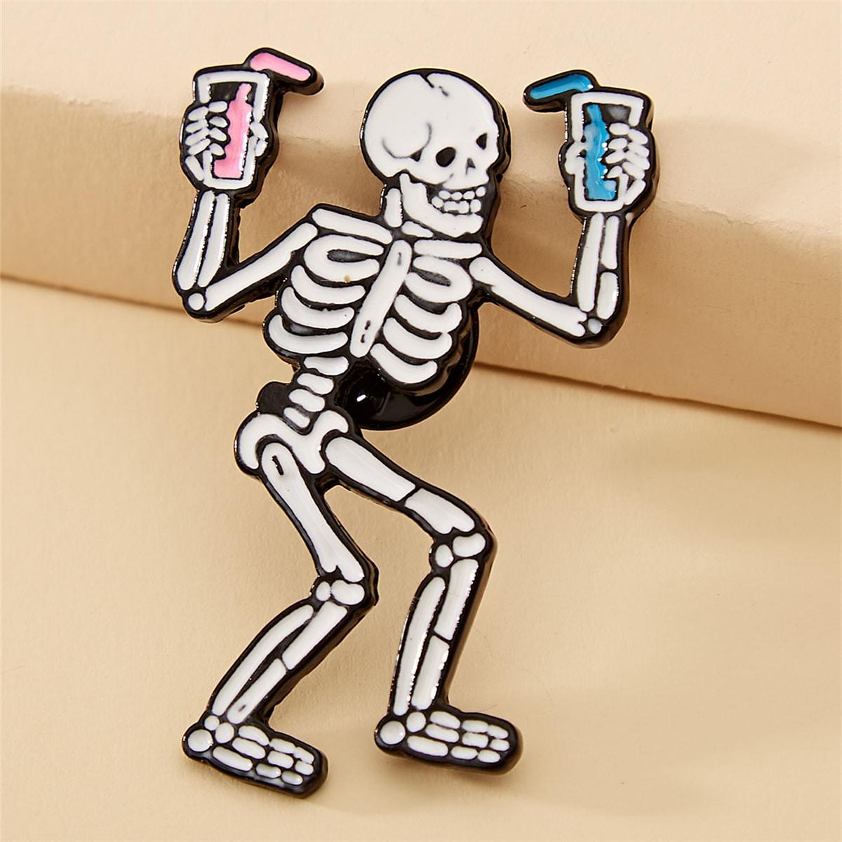 Halloween Brosche mit Schädel Design