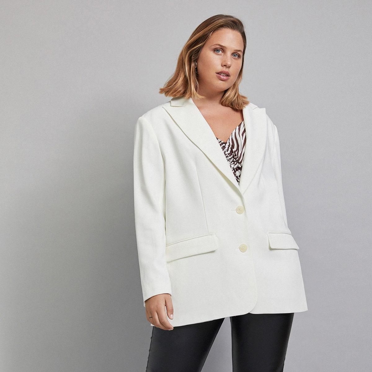 Однобортный пиджак размера плюс