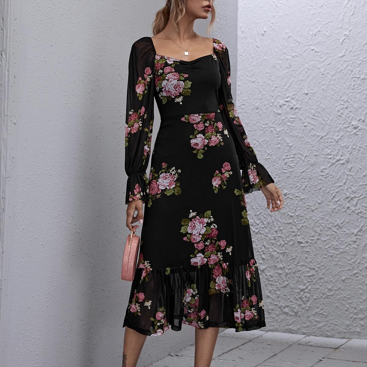 Сетчатое платье с цветочным принтом и квадратным воротником