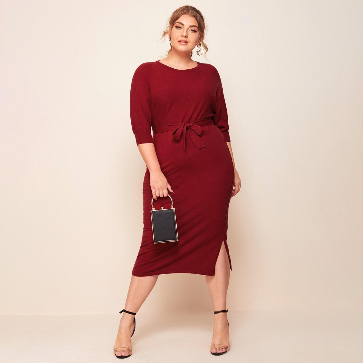 Платье-свитер размера плюс с разрезом и поясом