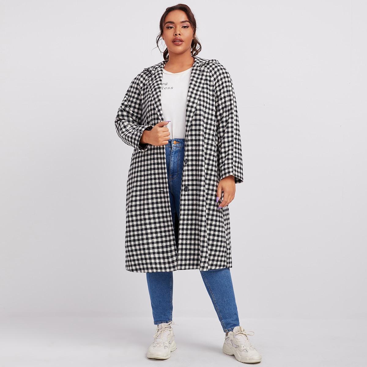 Однобортное пальто размера плюс с капюшоном в клетку