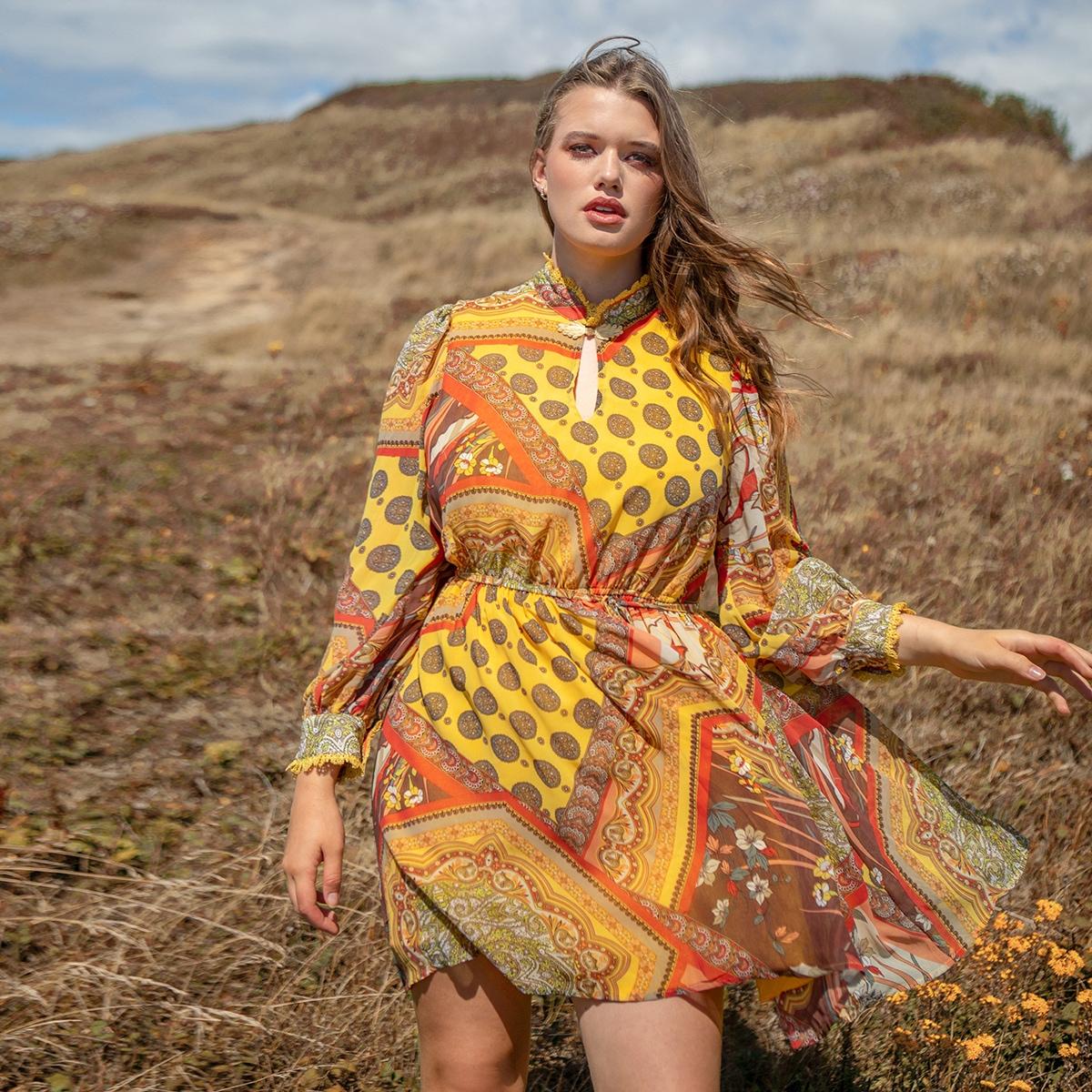 Платье размера плюс с племенным принтом, узлом и кружевным воротником