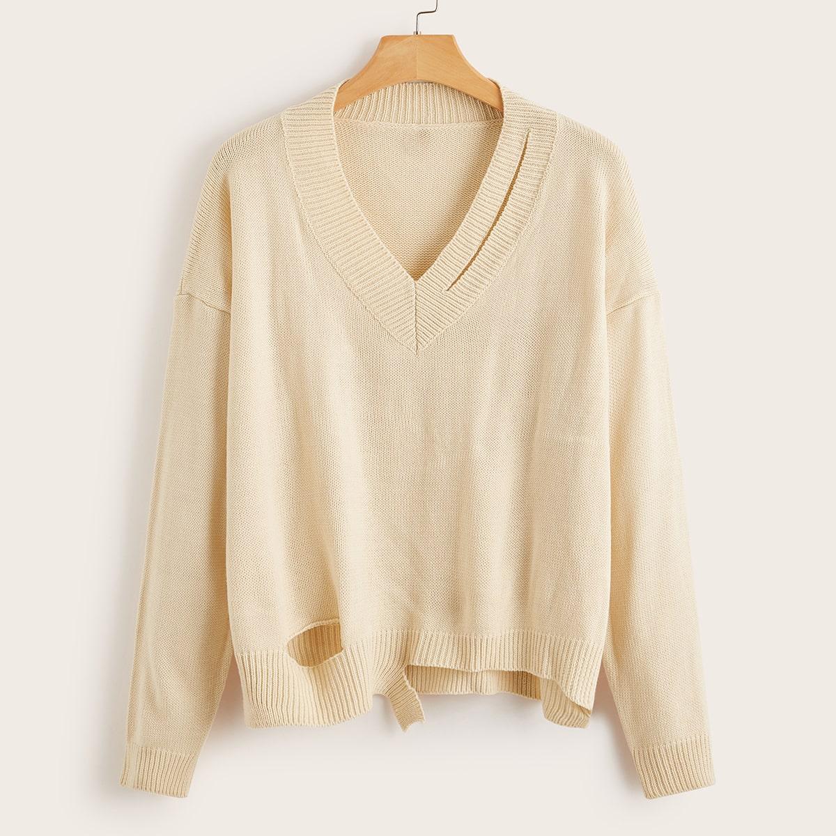 Асимметричный свитер размера плюс с разрезом