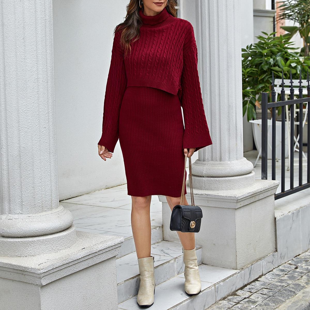 Вязаное платье-свитер и пончо
