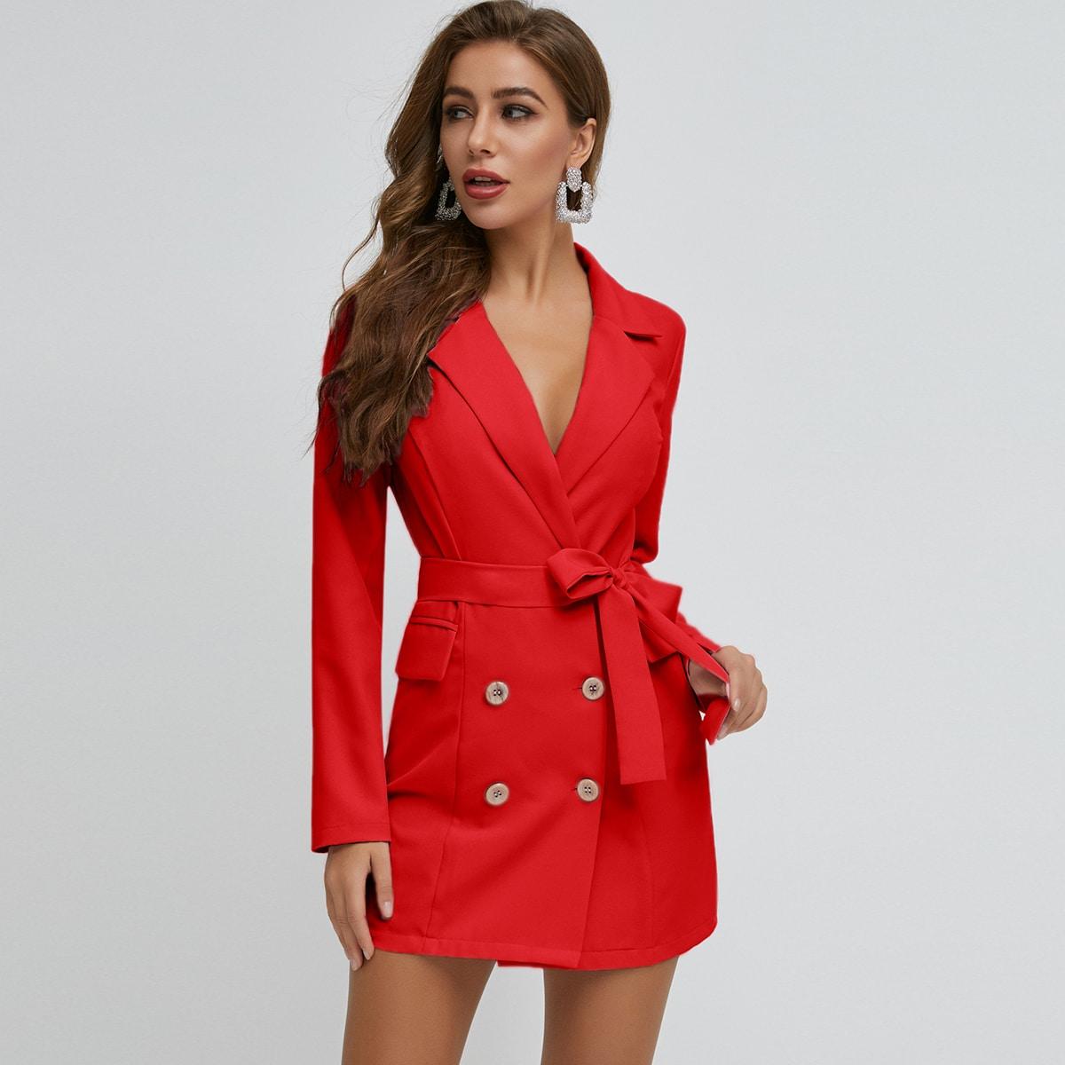 платье-пиджак с поясом и пуговицами