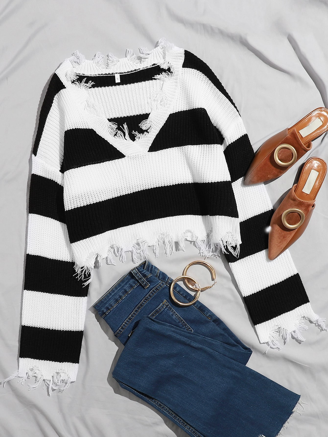 Ripped Trim Color Block Sweater thumbnail