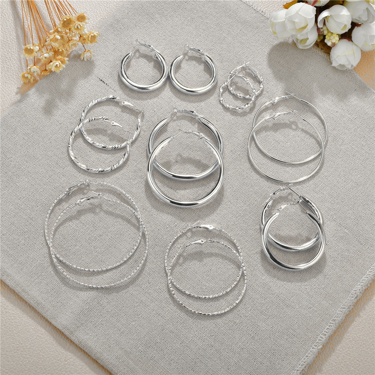 8pairs Metal Hoop Earrings, SHEIN  - buy with discount