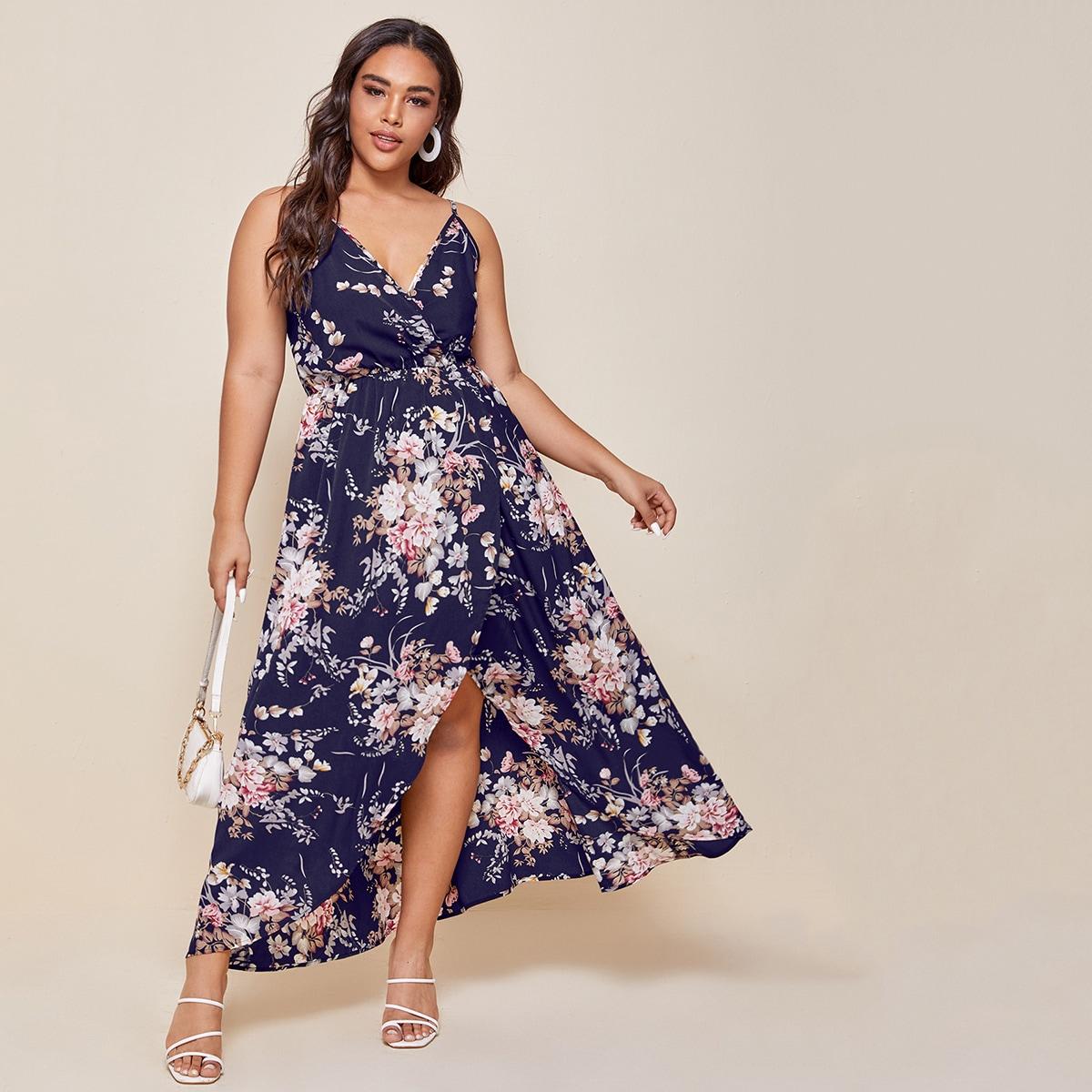 Платье на бретелях размера плюс с запахом и цветочным принтом