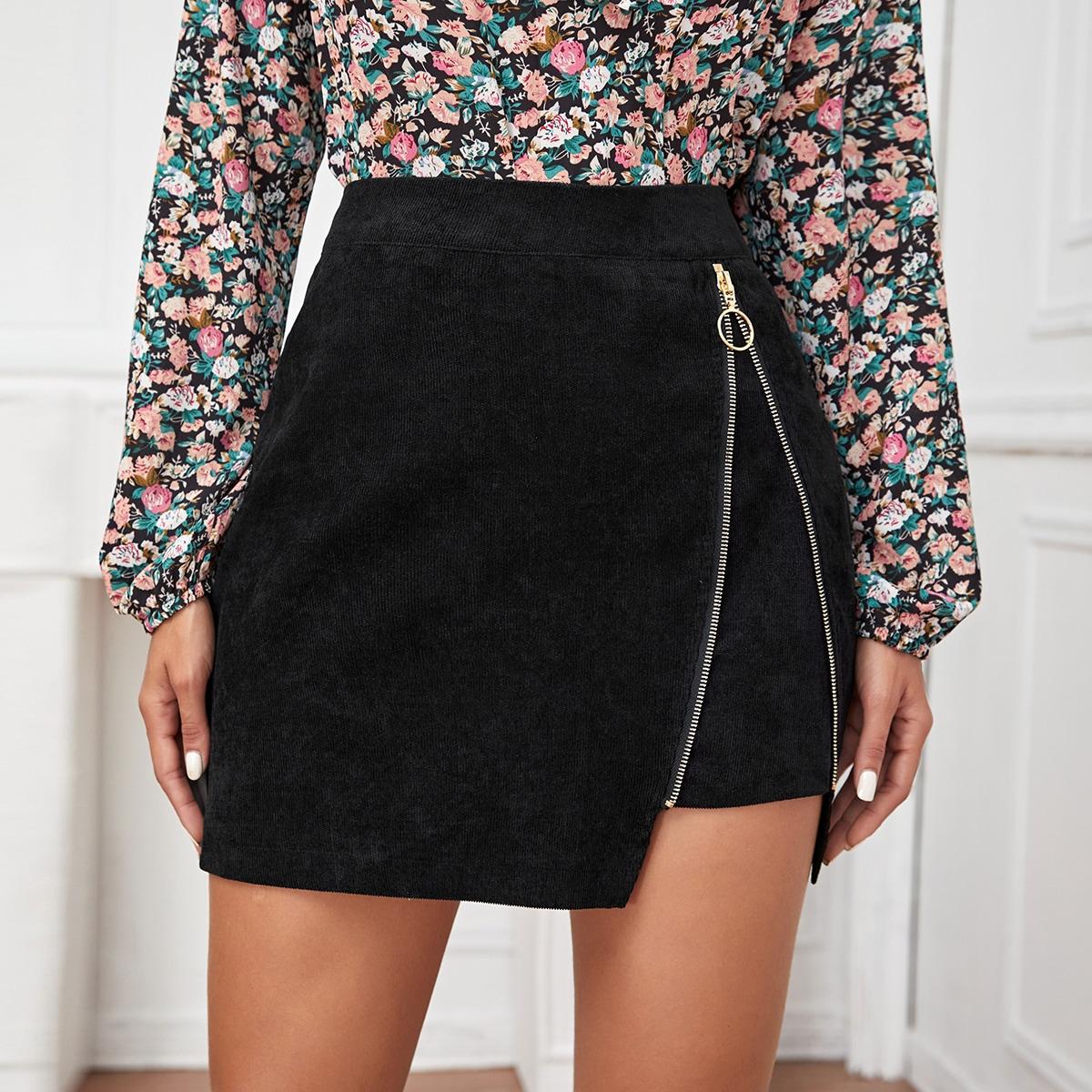 Вельветовая мини юбка с молнией