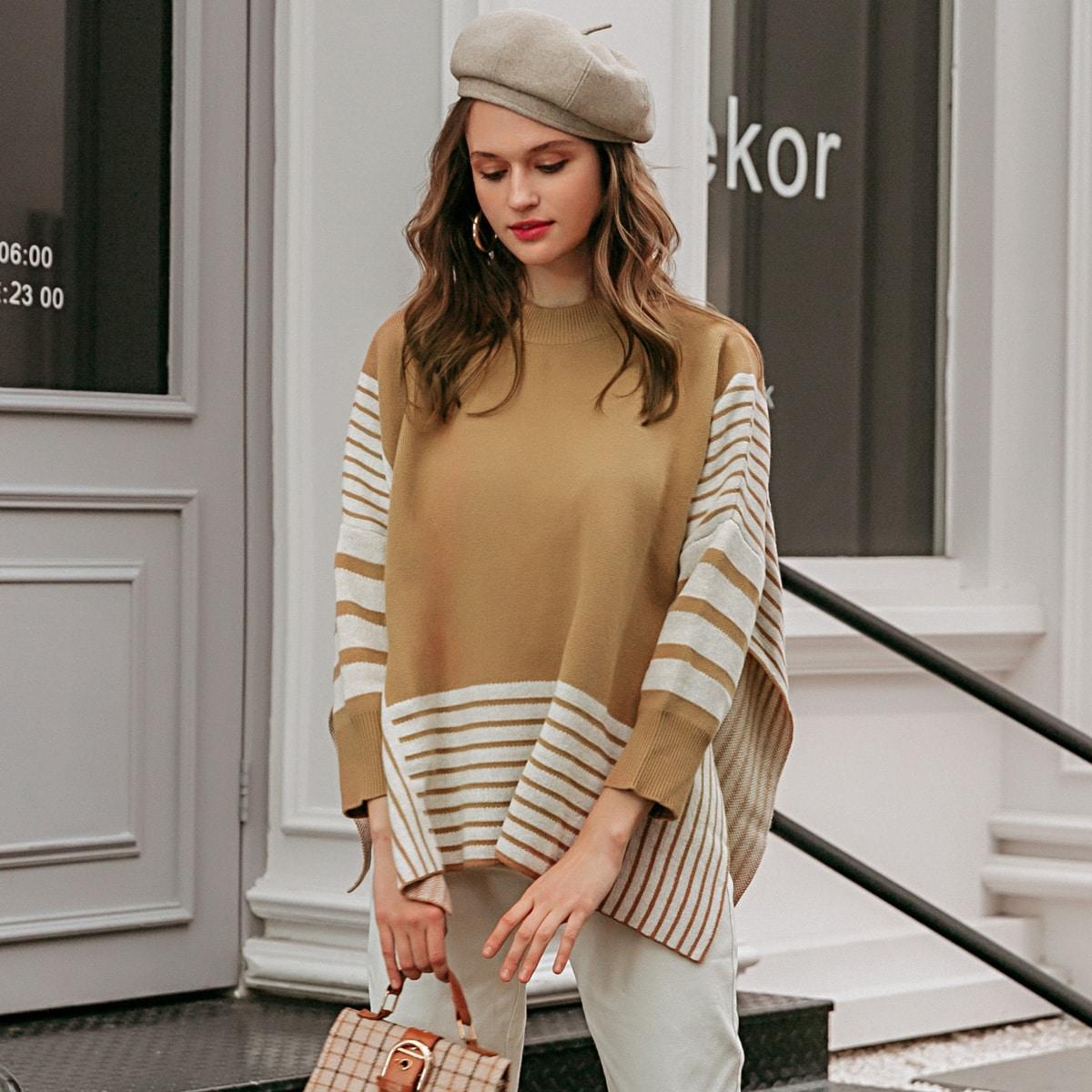 Асимметричный свитер в полоску с воротником-стойкой