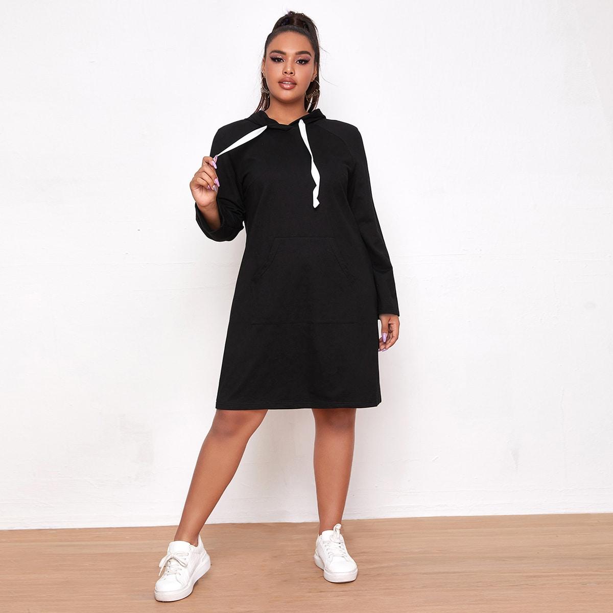Платье размера плюс с капюшоном, карманом и рукавом реглан