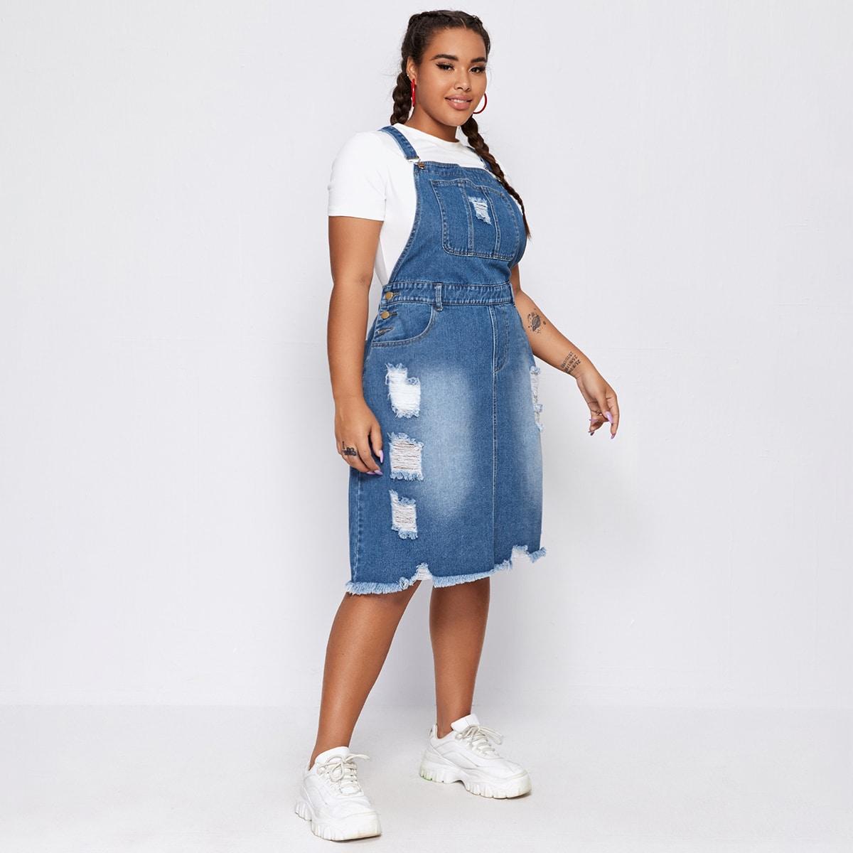 Рваное джинсовое платье-сарафан размера плюс