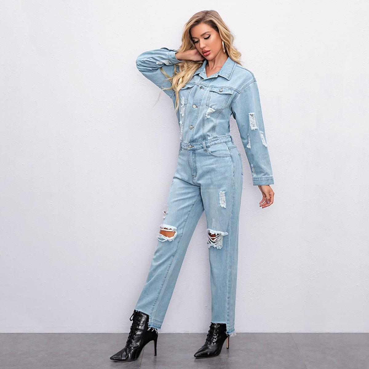Рваный джинсовый комбинезон с пуговицами