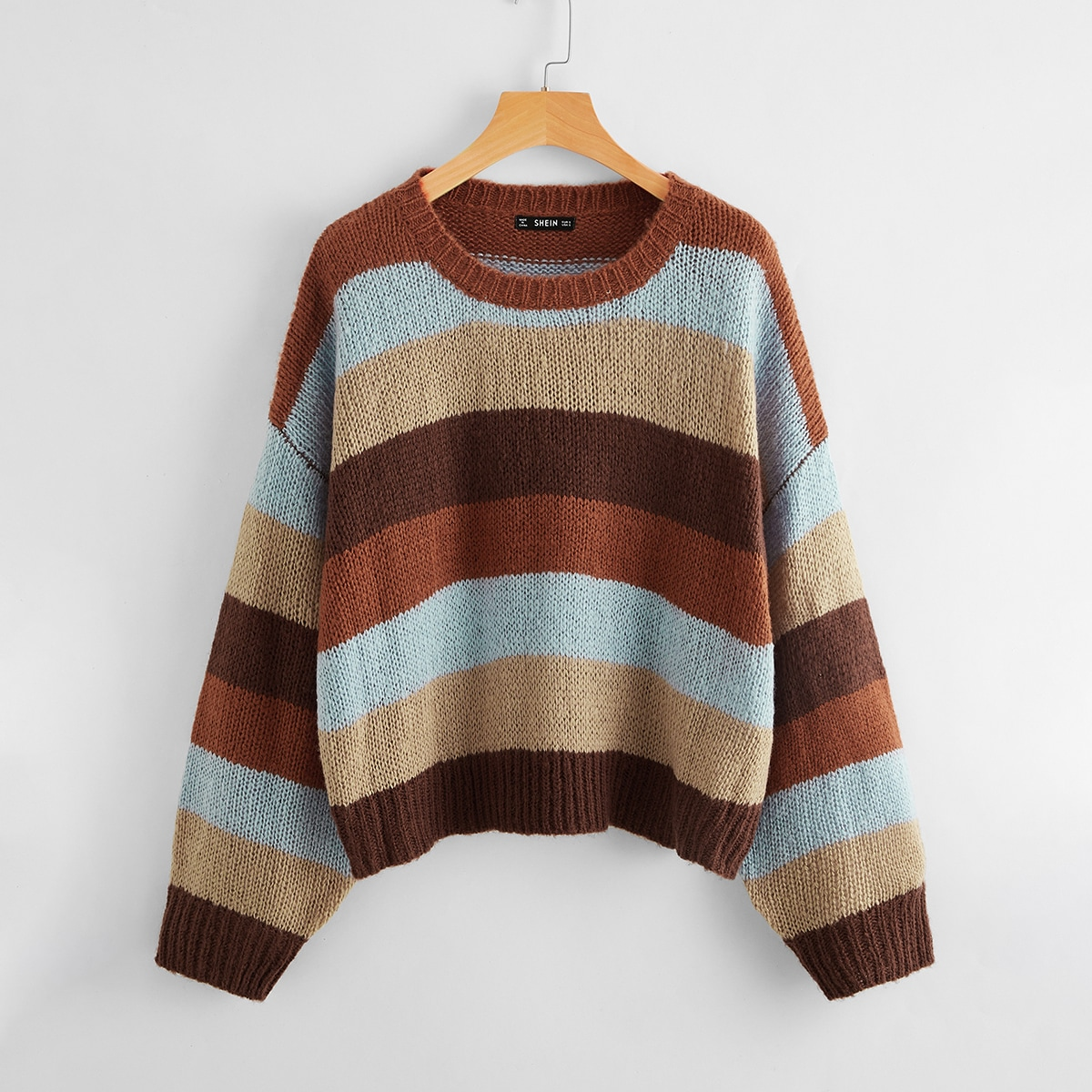 Контрастный свитер