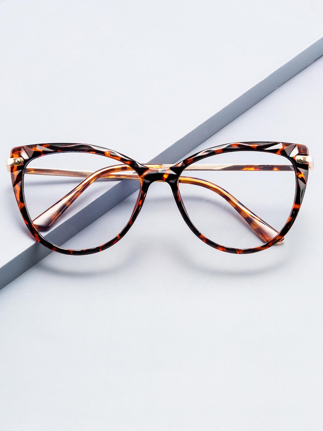 Cat Eye Glasses thumbnail