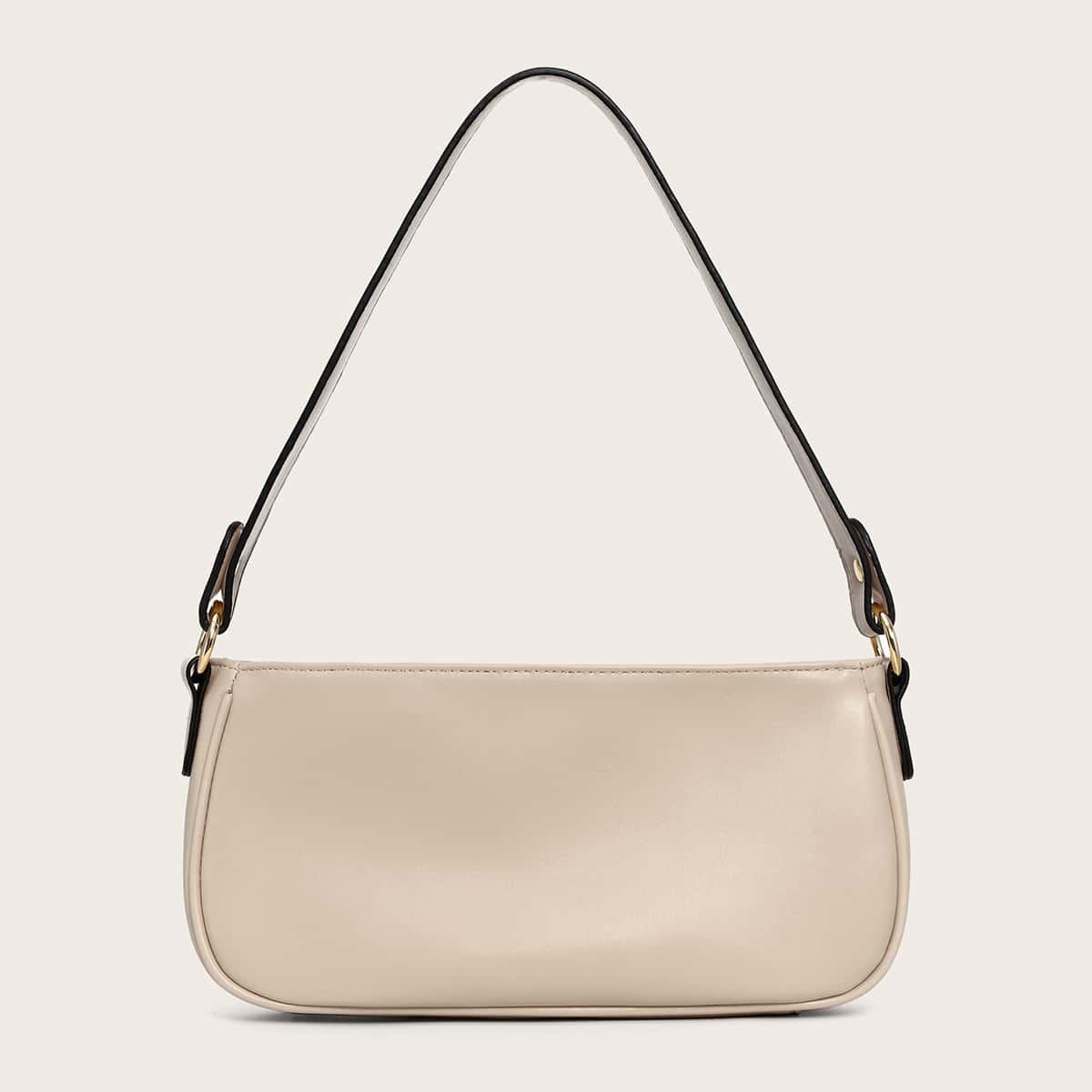 Минималистичная сумка-багет