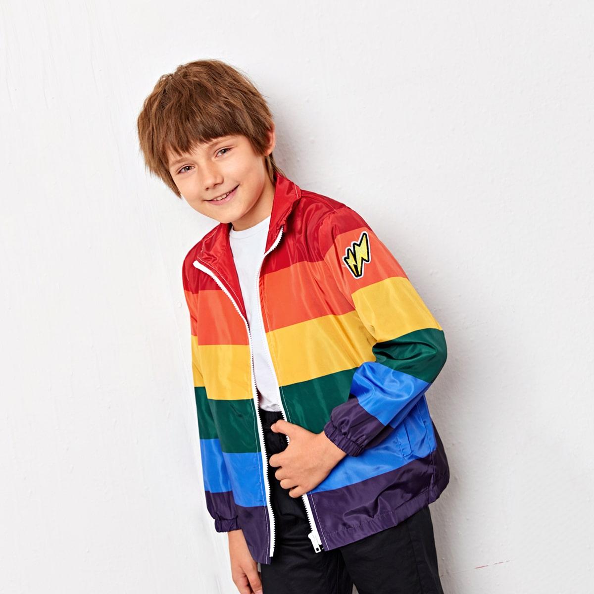 Куртка с заплатой в радужную полоску для мальчиков