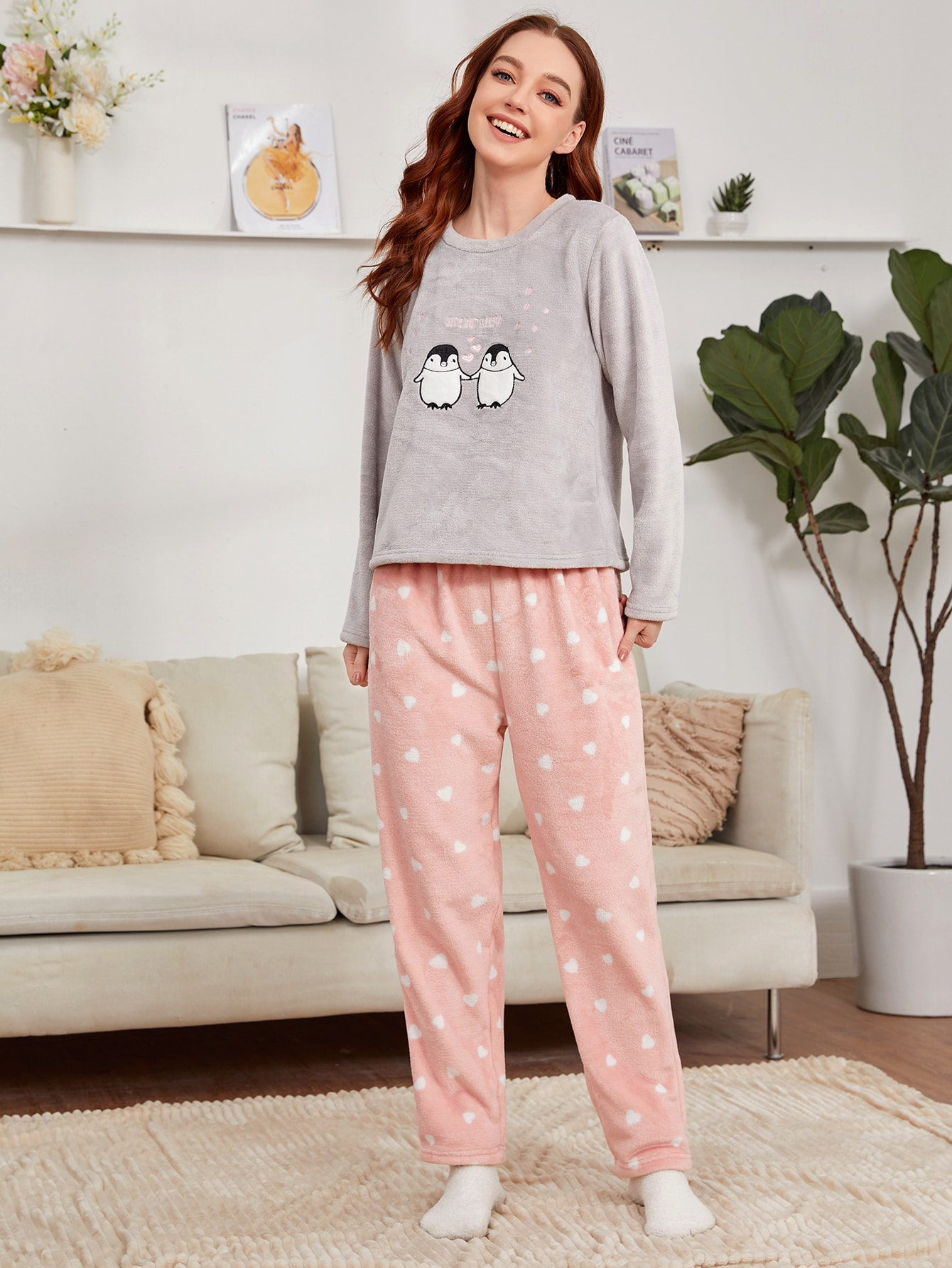 Cartoon And Heart Embroidery Flannel Pajama Set thumbnail