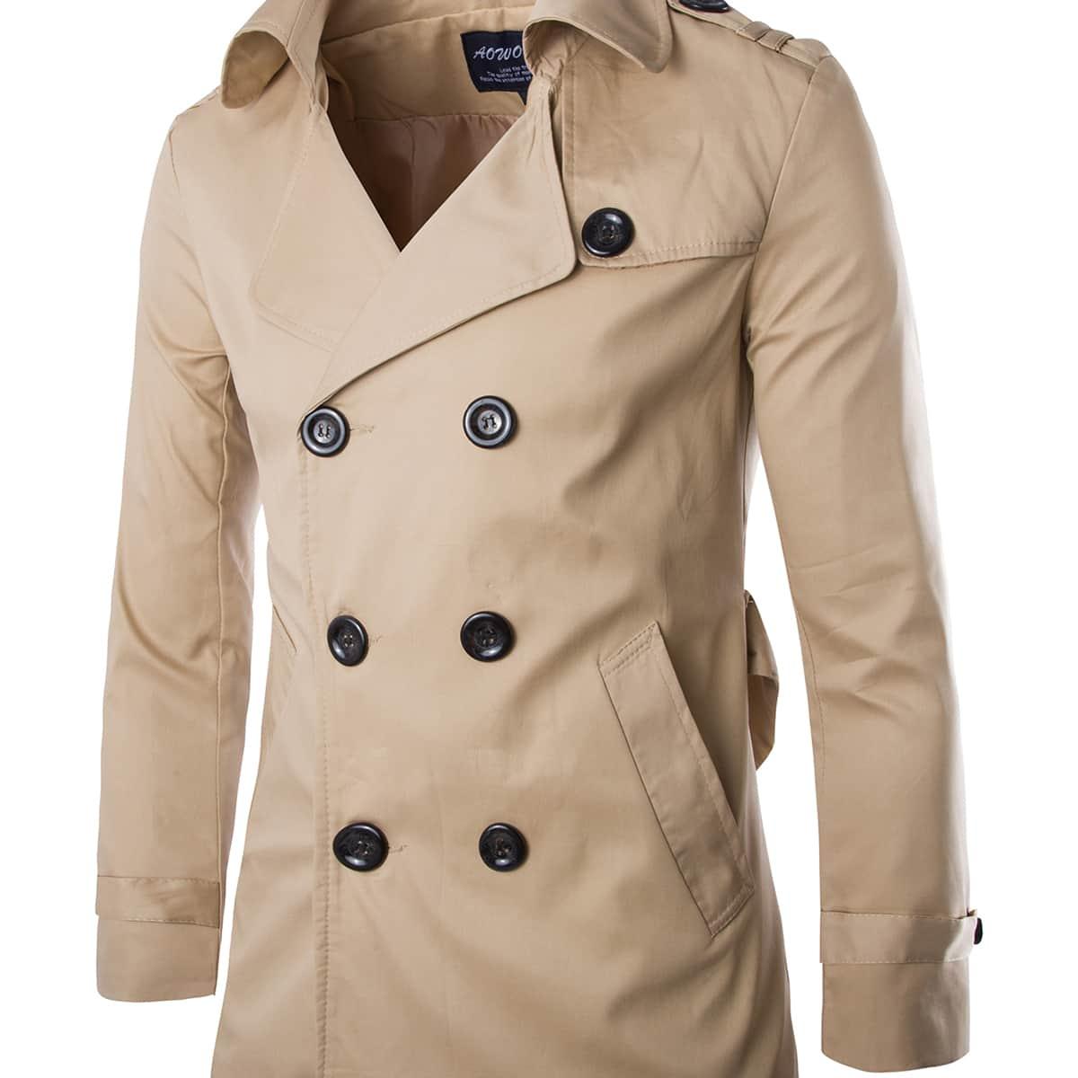 Мужское двубортное пальто с разрезом сзади