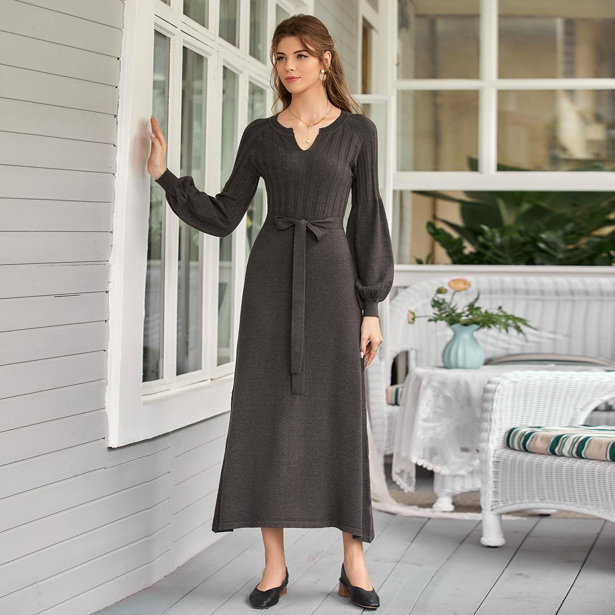 Платье-свитер с поясом и рукавами фонариками