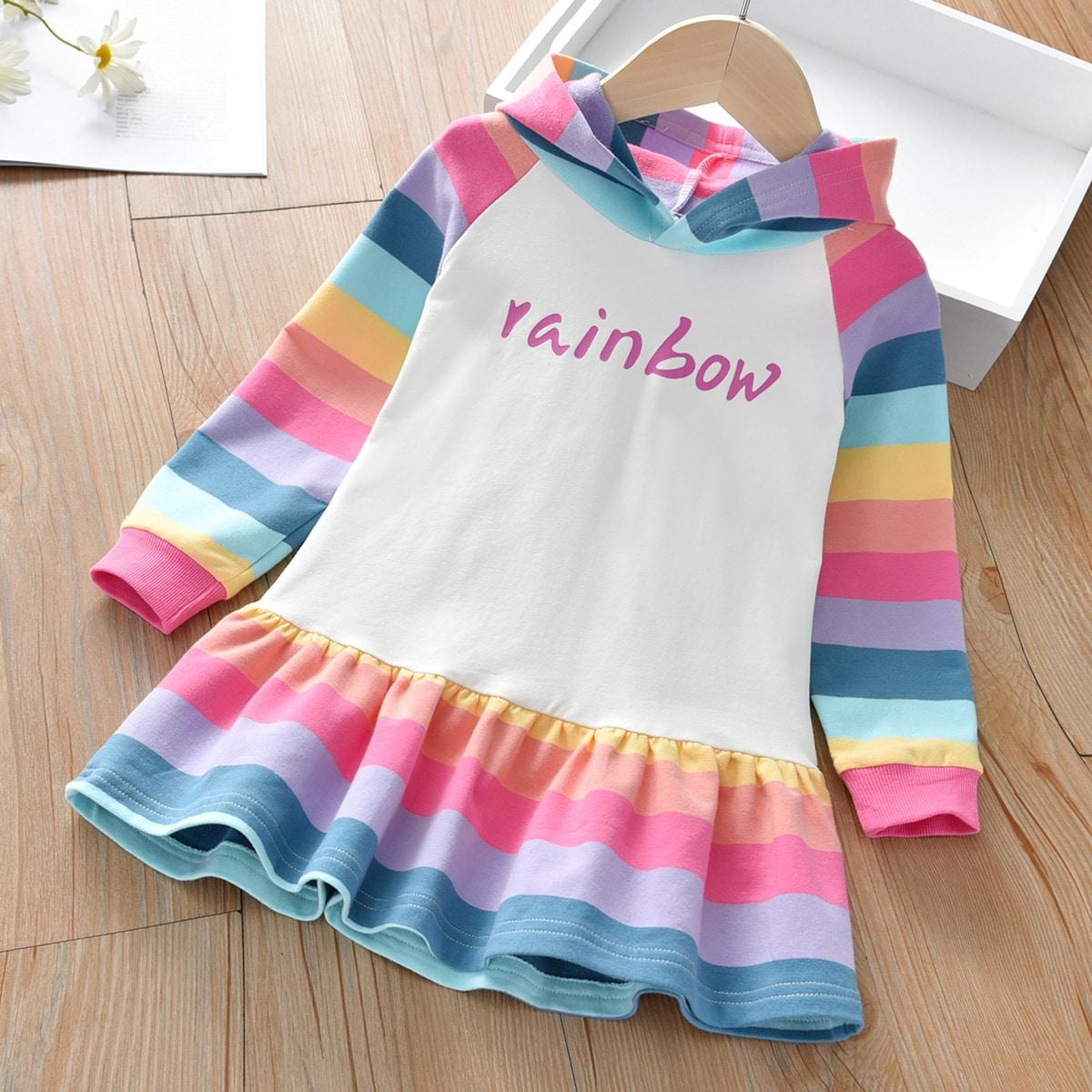 Свитшот-платье с текстовым принтом и радужными полосками для девочек