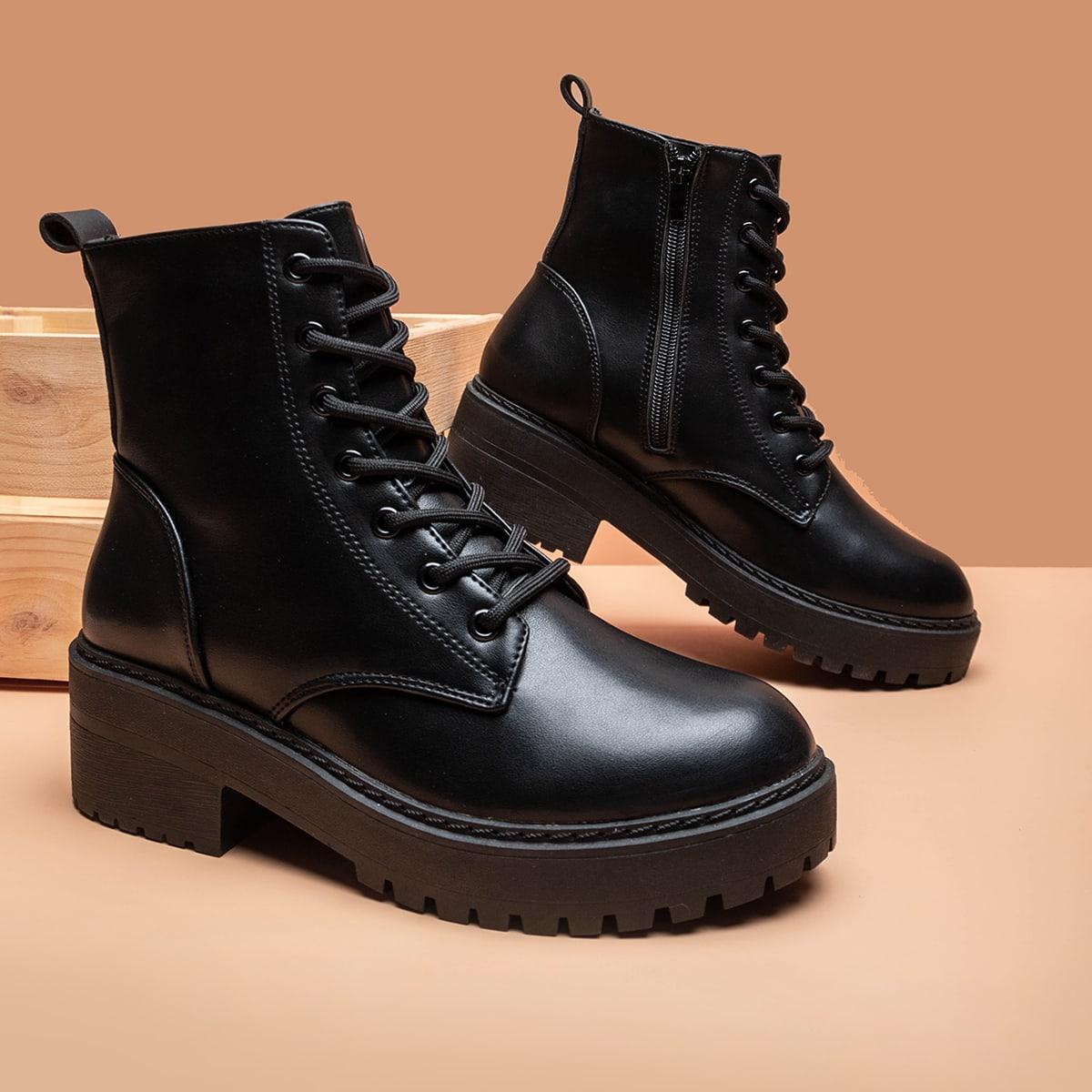 Ботинки с массивным каблуком