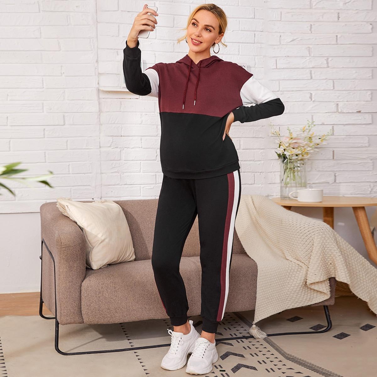 Контрастная толстовка и спортивные брюки для беременных