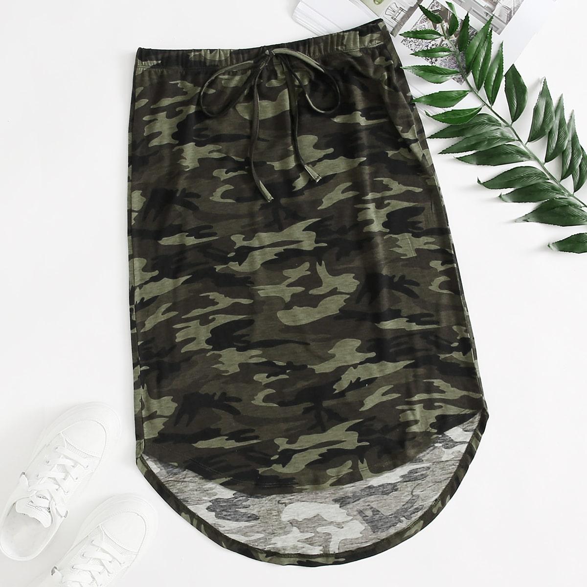 Асимметричная юбка с камуфляжным принтом