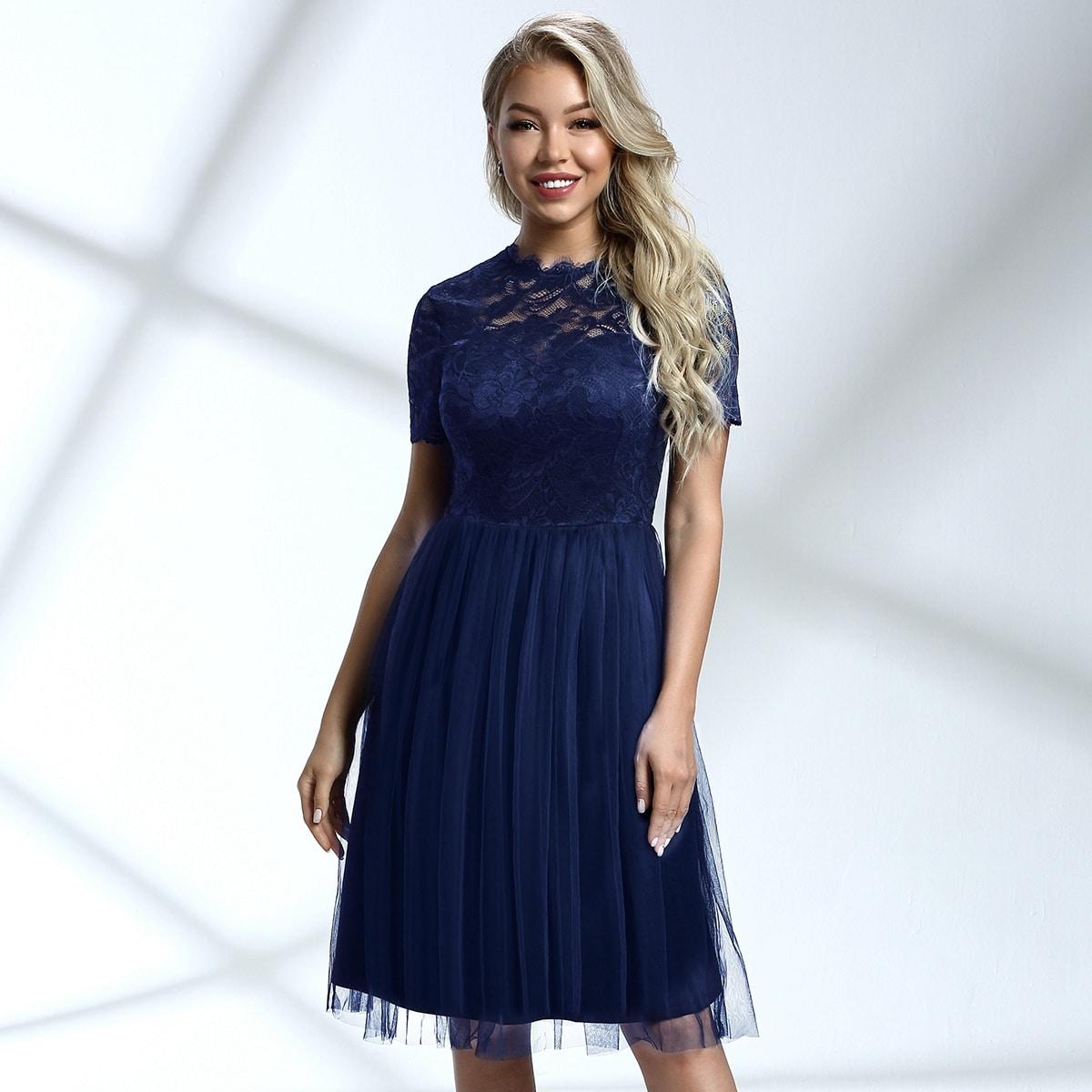 Сетчатое платье с кружевным лифом и молнией сзади