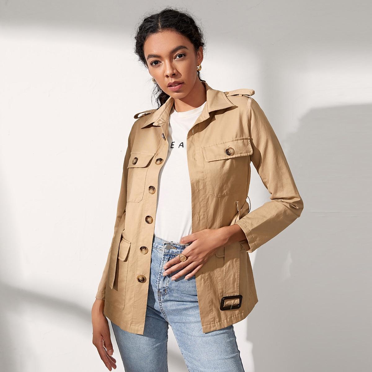 Однобортное пальто с карманом и поясом