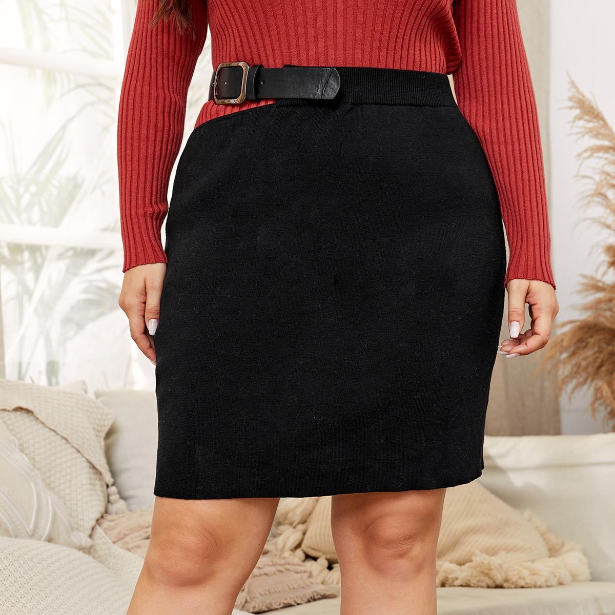 Трикотажная юбка размера плюс с пряжкой