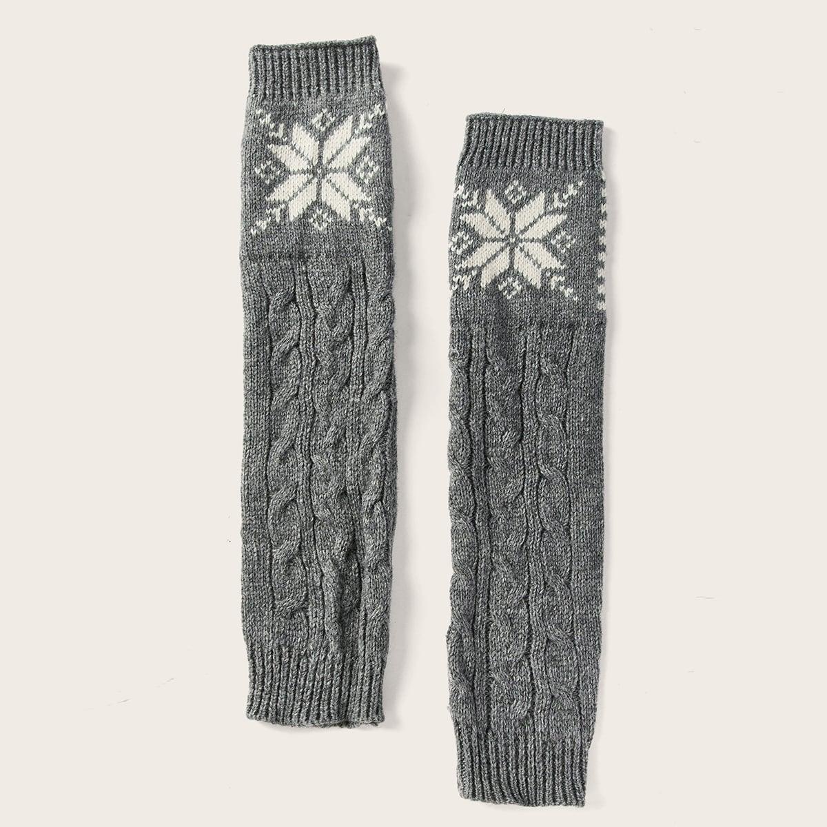 Перчатки с узором снежинки