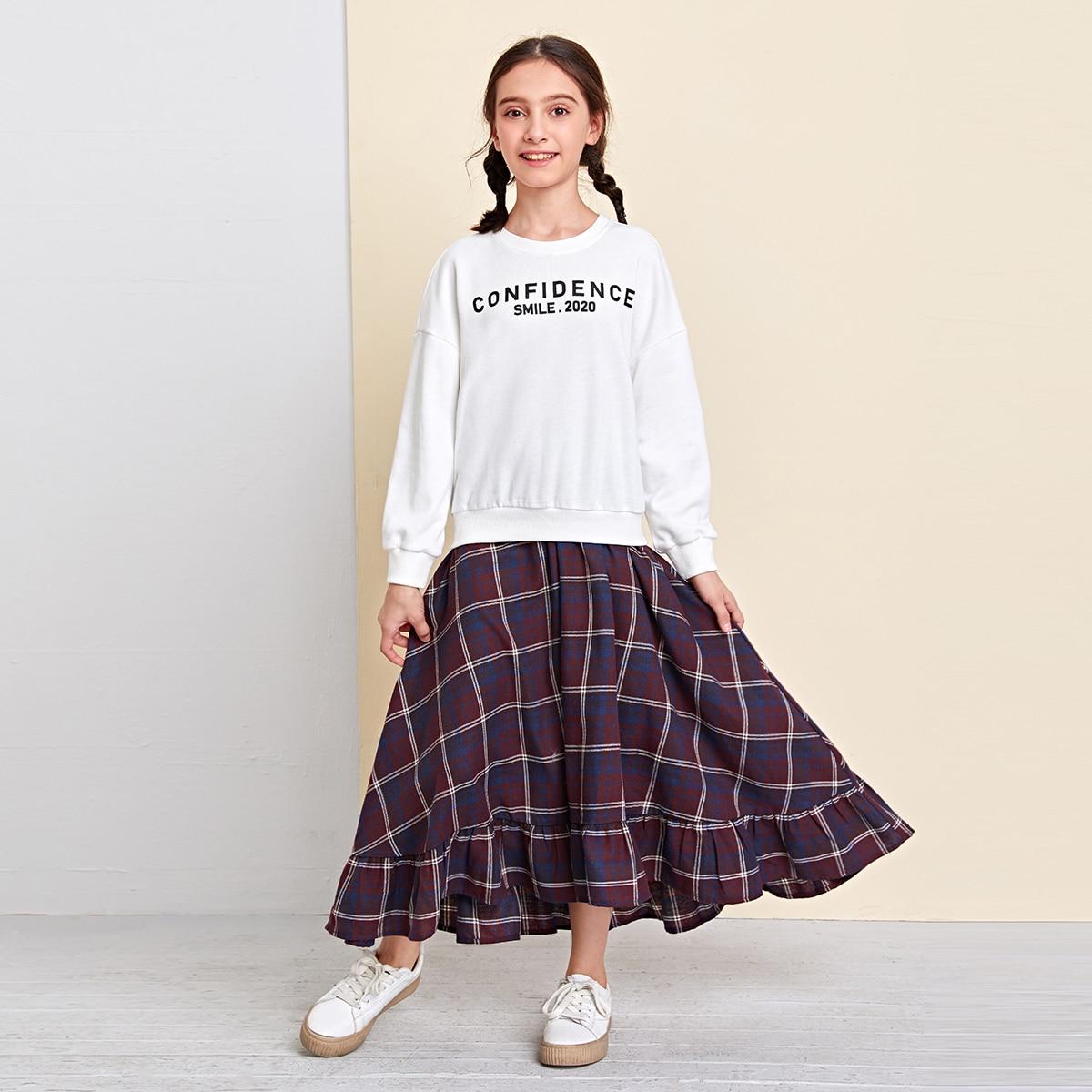 Юбка в клетку и пуловер с текстовым принтом для девочек