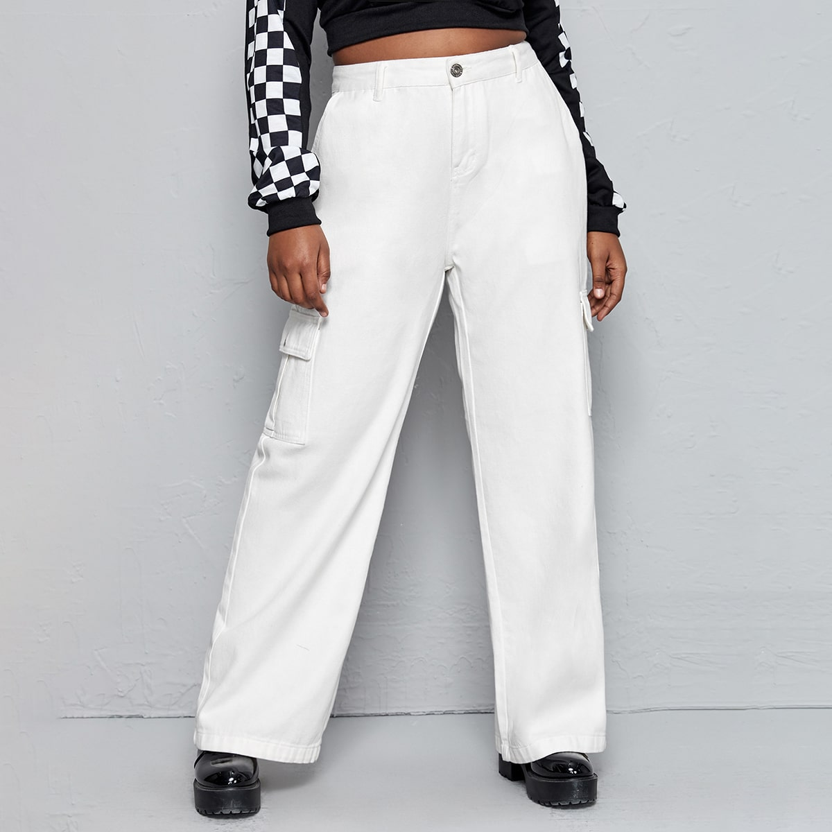 Широкие джинсы размера плюс с карманом и высокой талией
