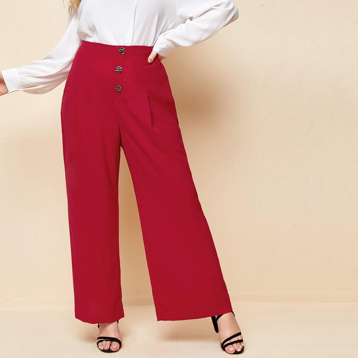 Широкие брюки размера плюс с пуговицами