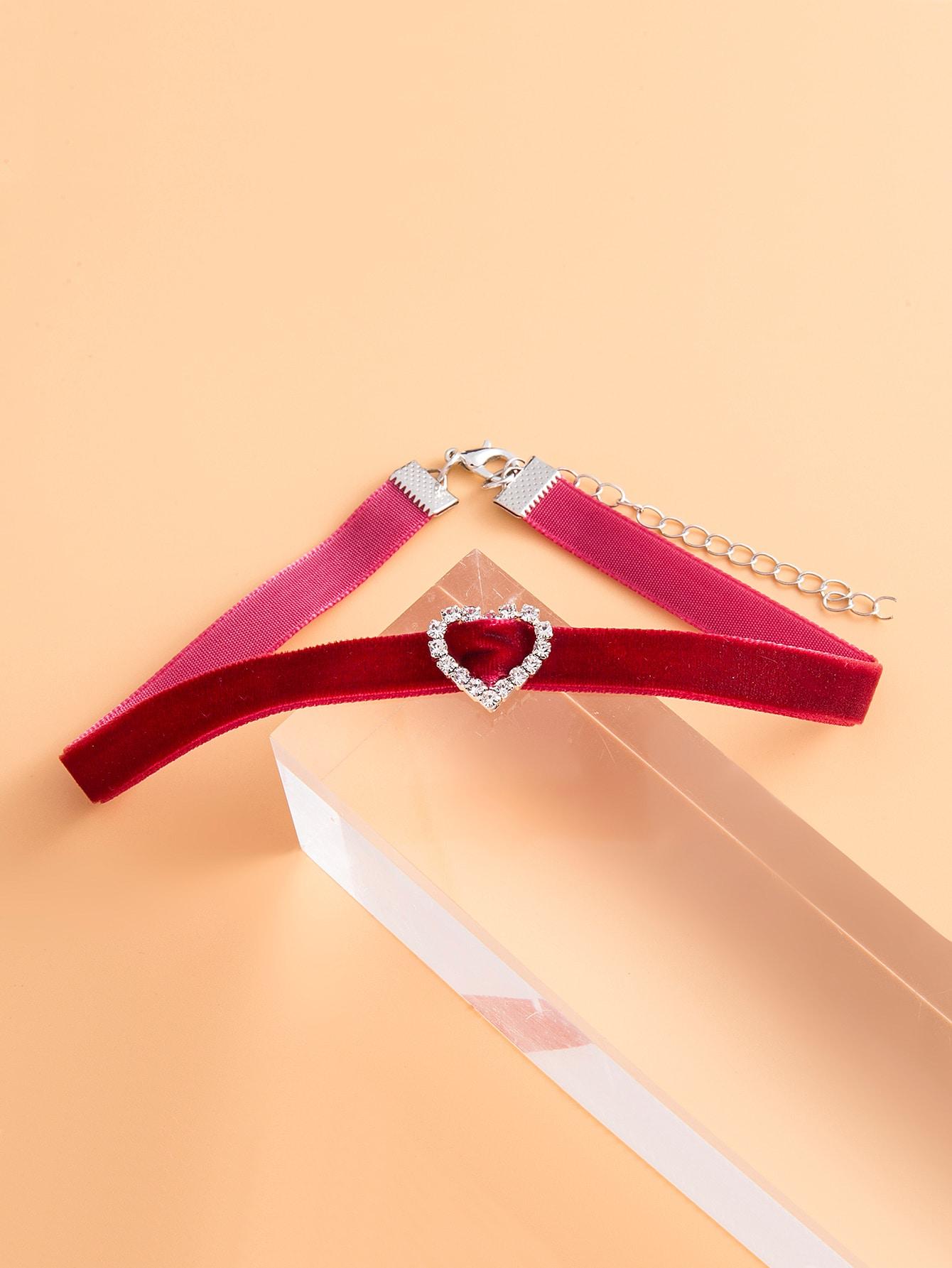 Rhinestone Heart Design Choker thumbnail