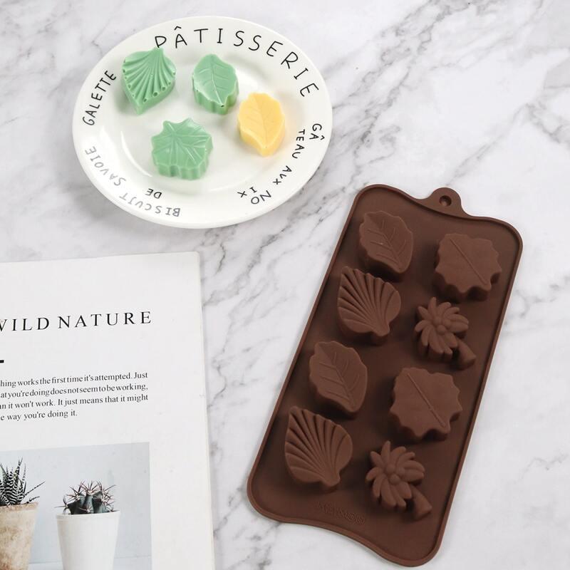 1pc 8 Grid Leaf Chocolate Mold, Coffee brown