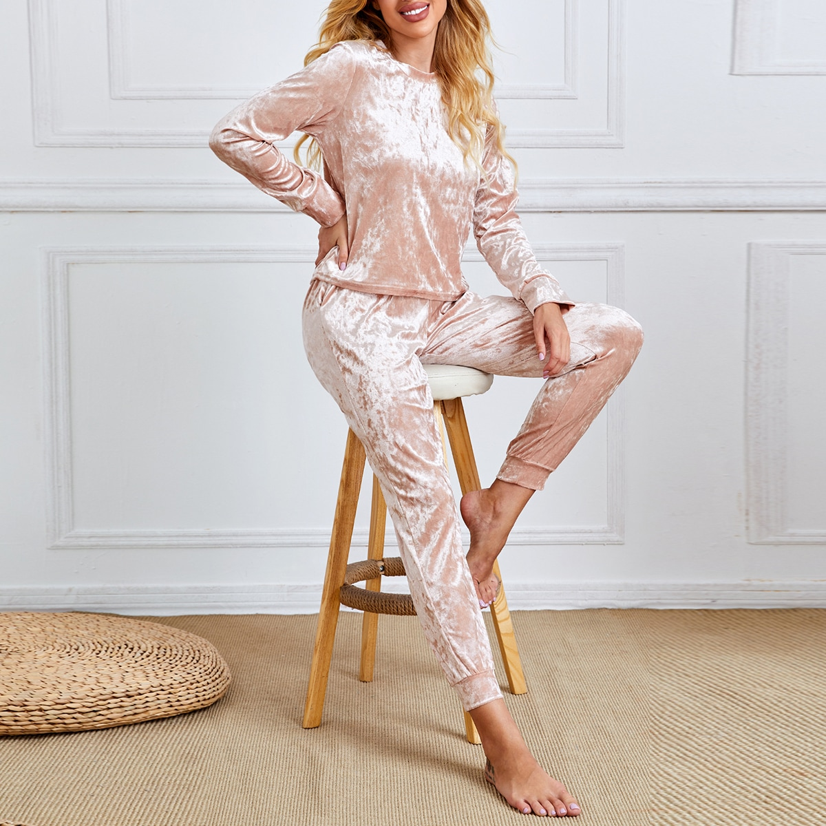 Бархатная пижама на кулиске с карманом