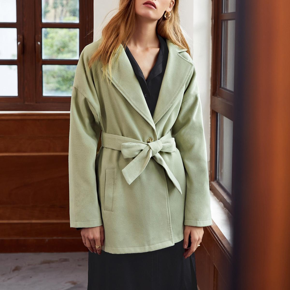 Пиджак на одной пуговице с поясом