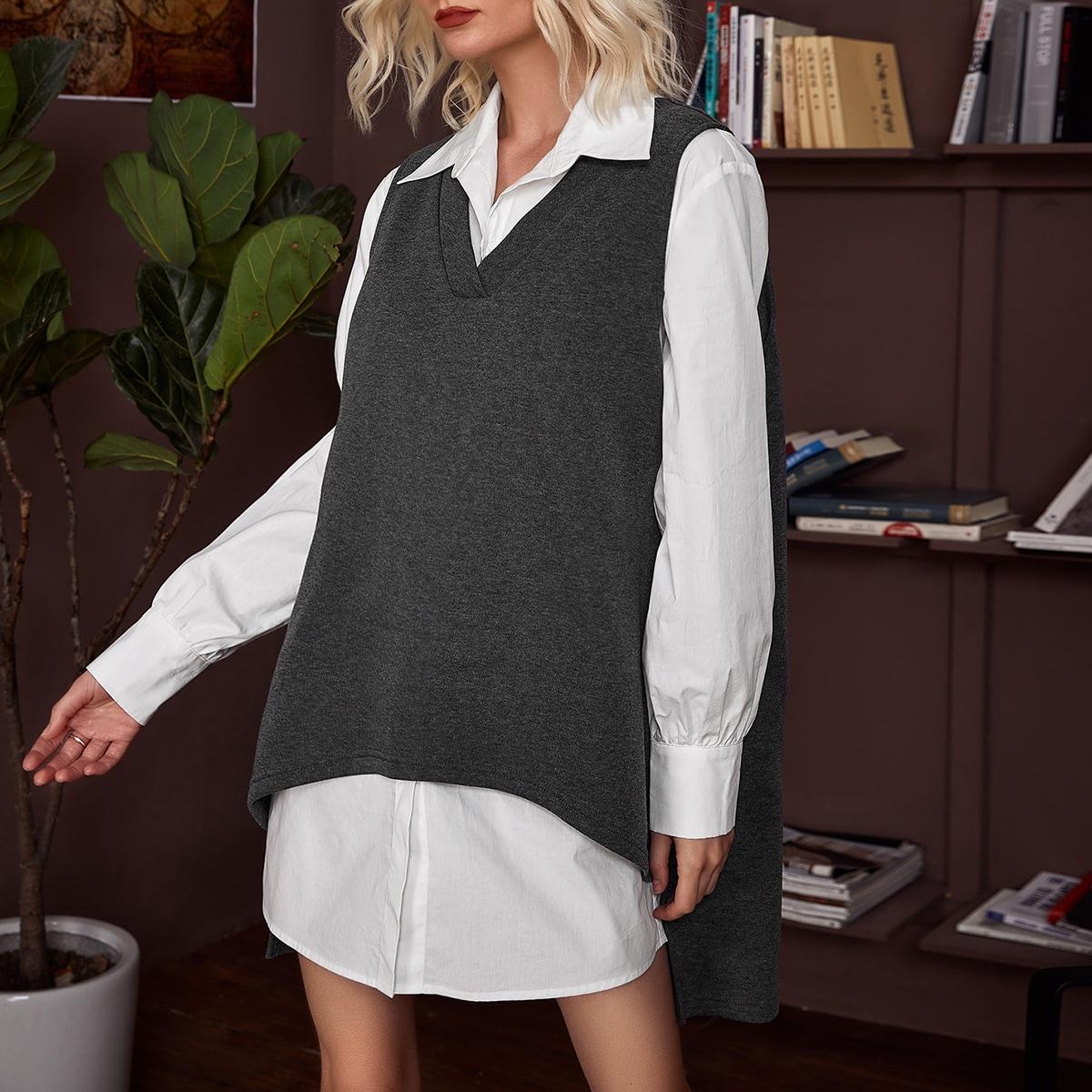 Длинная блузка с пуговицами и жилет