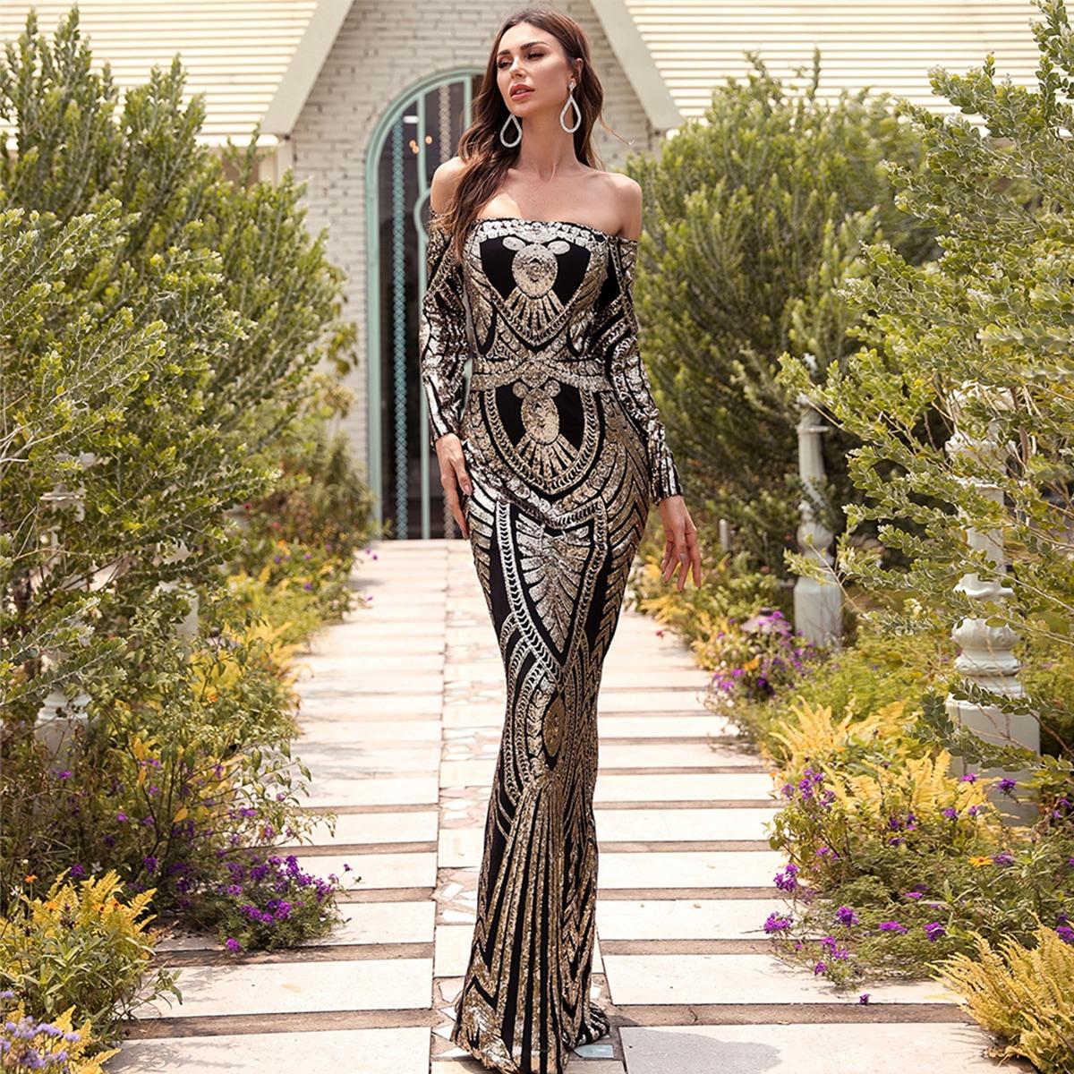 блестящее вечернее платье с открытыми плечами