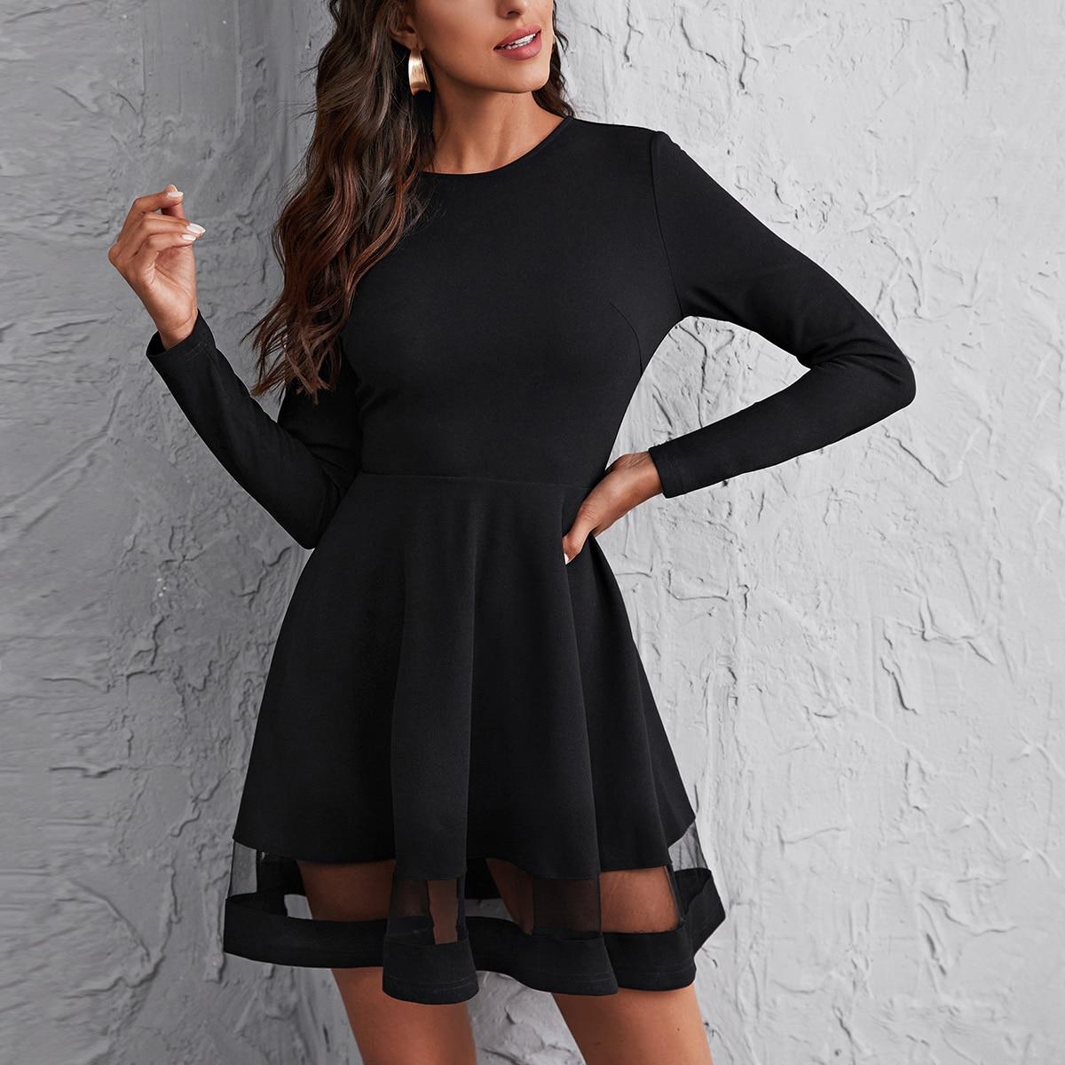 Платье с сетчатой вставкой