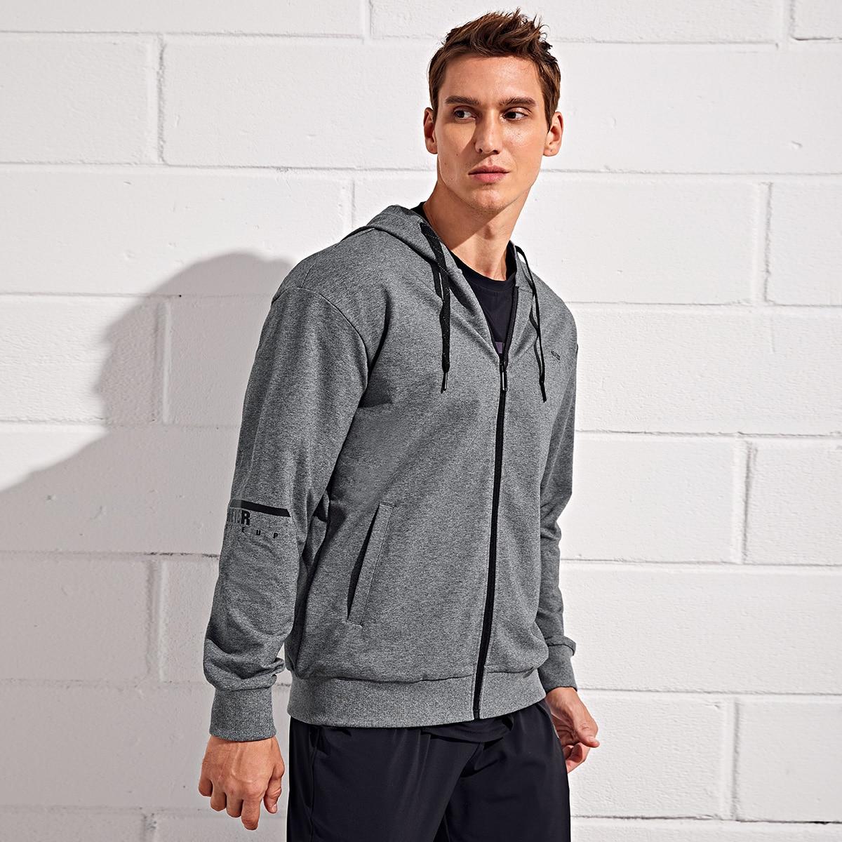Мужская спортивная куртка на кулиске с капюшоном и текстовым принтом