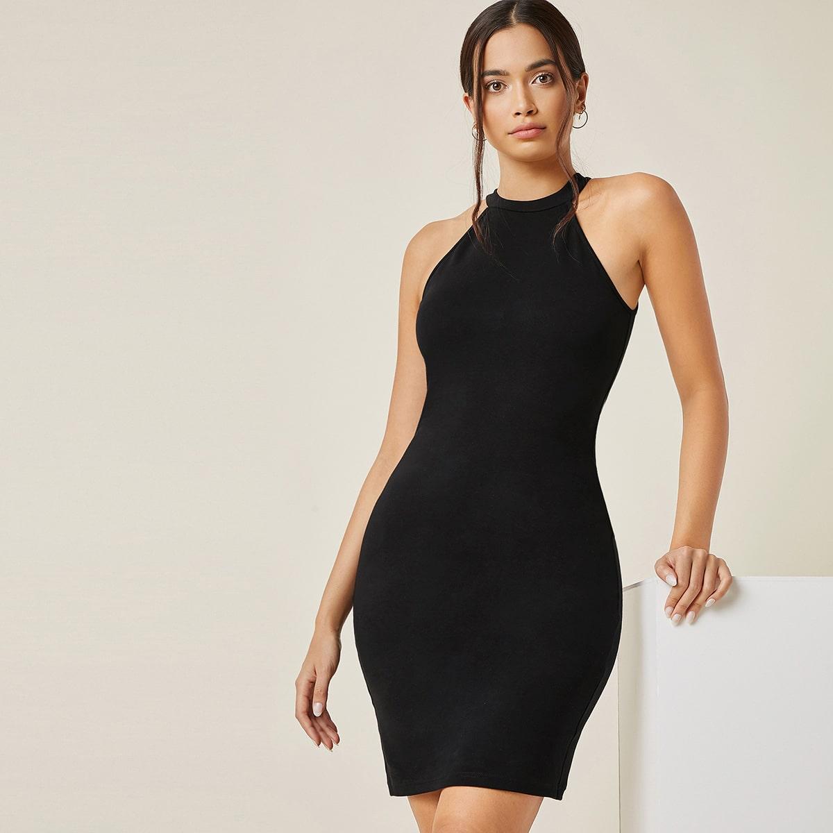 Облегающее платье с халтером